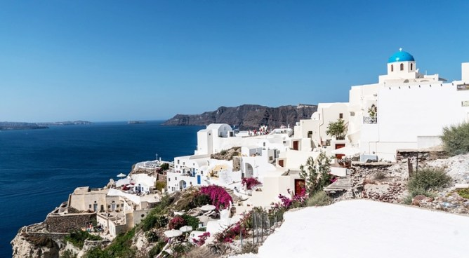 Santorini Greece Travel Guide - Toni Payne Travel