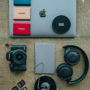 Flat lay photography for beginners – 7 tips to get you started