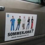 Klistremerker på bildøra