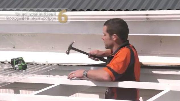 Bước 6 - Hướng dẫn lắp đặt Mái Hiên với Tôn Polycarbonate