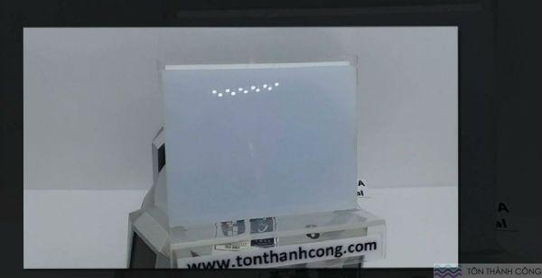 Queen-Lite Opal (Trắng Sữa) Malaysia - Tấm Polycarbonate Đặc Ruột Dày 3mm HCM