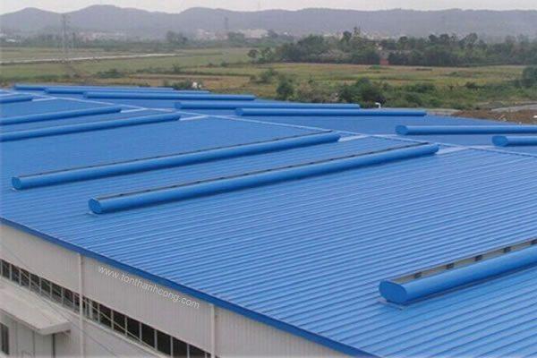 Làm mái nhà xưởng - Tôn Kháng Ăn Mòn PVC