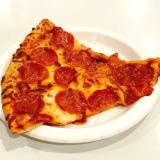 ペパロニ10枚!でもペパロニピザはフードコートで地味な存在?【コストコ】