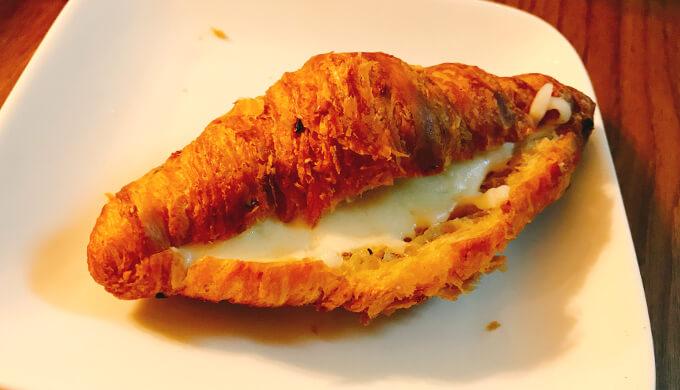マルチグレインクロワッサン(チーズ焼き)