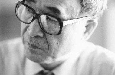 Nhà thơ Ko Un – Tôi để lại nửa trái tim ở Việt Nam