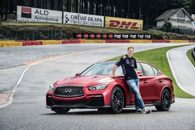 batch_Vettel_Q50EauRouge_hires.jpg