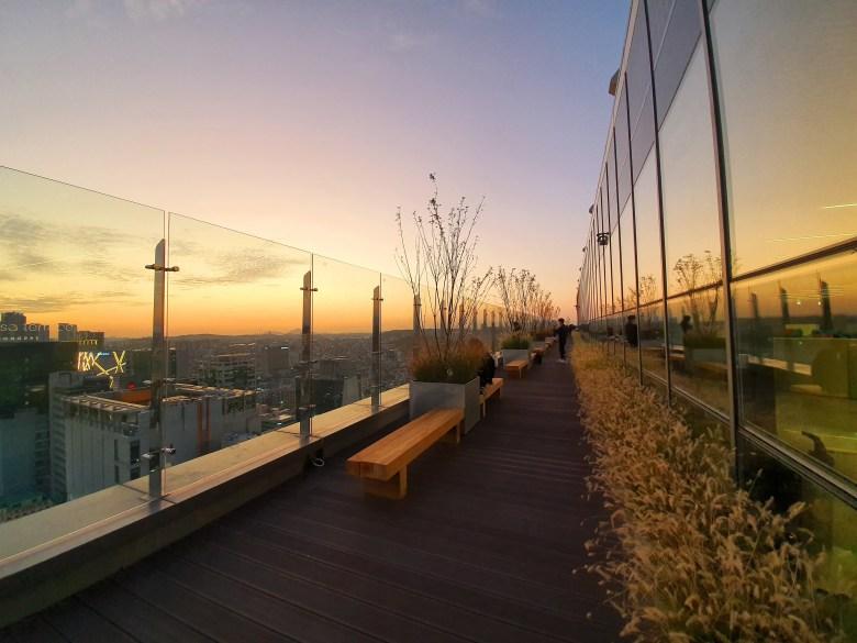 홍대입구/연남동 AK&(AK앤드): 무신사 테라스 노을 HongDae University / Yeon-Nam Dong AK&(AKAnd): MUSINSA Terrace Sunset View