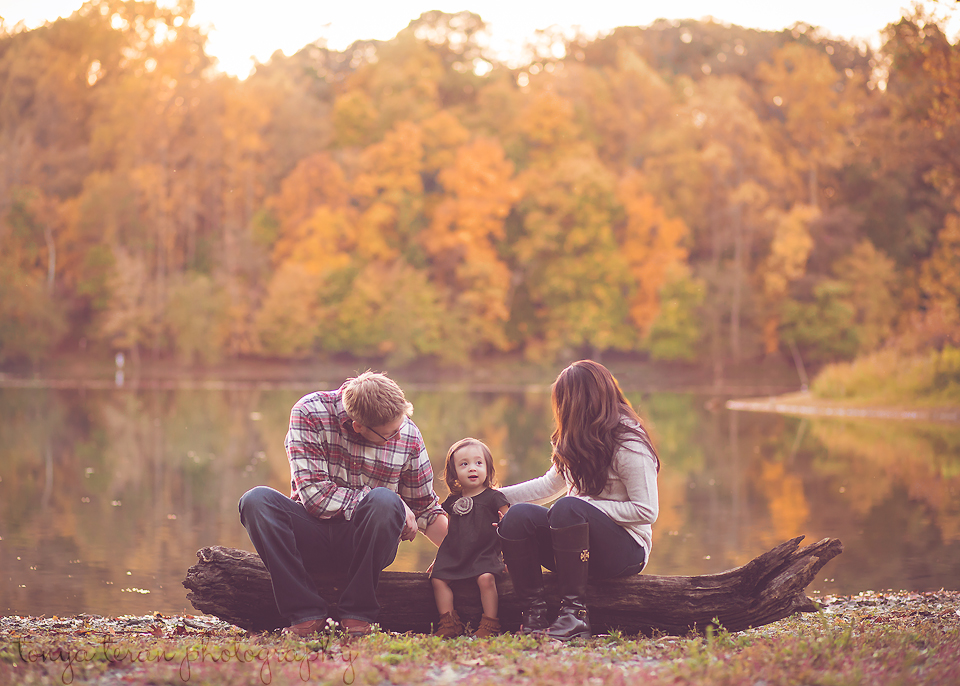 fall family photography | Tonya Teran Photography - Rockville, MD newborn, baby and family photographer