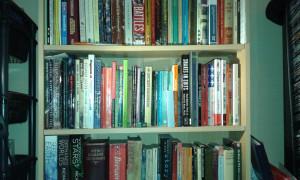 04 writing desk books
