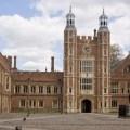 Eton College โรงเรียนมัธยม อังกฤษ