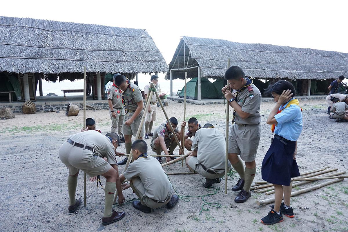 Boy-scouts-Camp-in-Vietnam-06