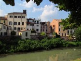 View from the Riviera Albertino Mussato of some houses that would have been outside the 1300s wall of Padova, but inside the city wall of the 1500s