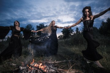 whitches-coven-45403286