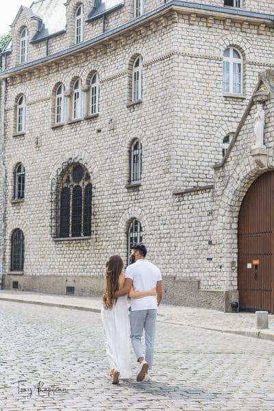 photographe ile de France séance photo couple à Montmartre