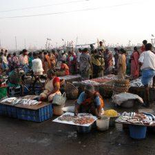 women selling fish