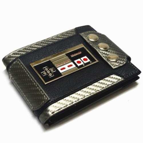 Billetera de Botones para Ajustar a Cinturón Control NES Metálico PT Nintendo Videojuegos