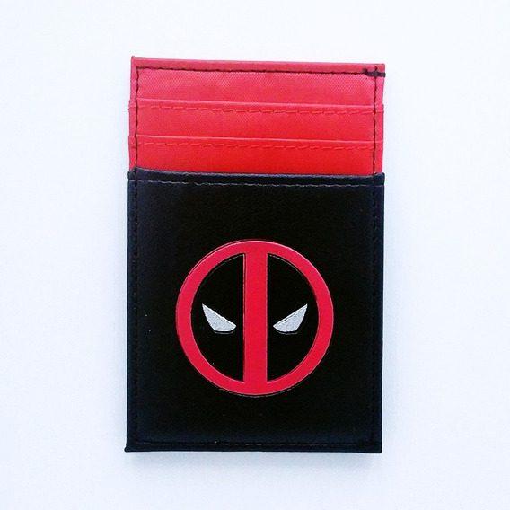 Portadocumentos Deadpool Marvel Color Negro Y Rojo