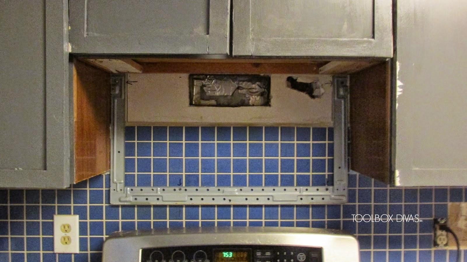 Tile Removal 101 Remove The Tile Backsplash Without