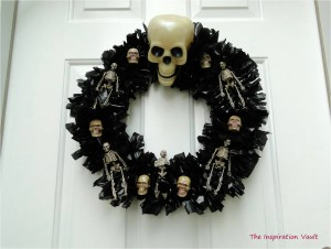 Spooky Skeleton-Wreath-Finished