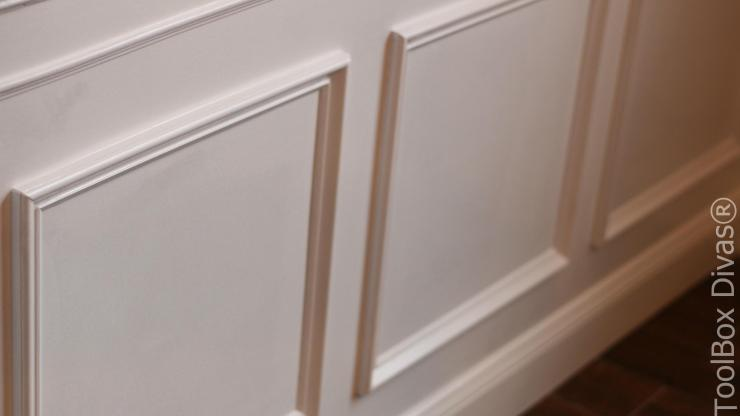 DIY Wainsciting Picture frame moulding - ToolBox Divas
