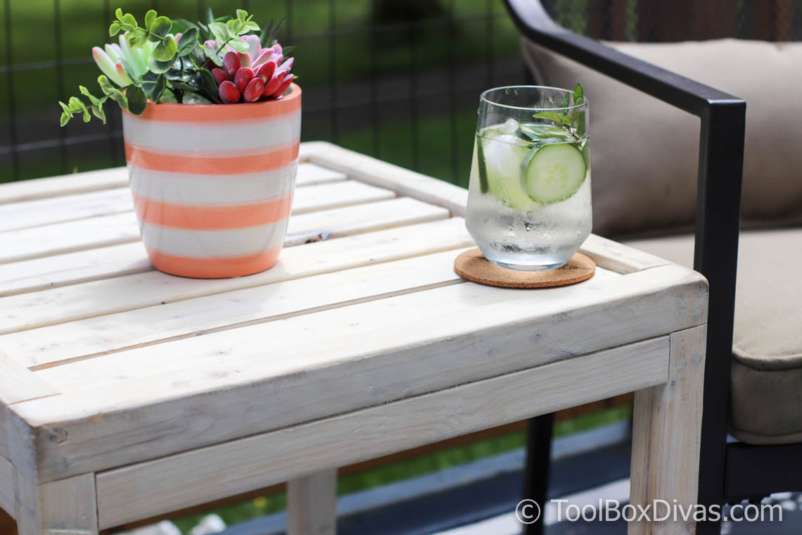 Simple 10 Diy Outdoor Side Table Toolbox Divas