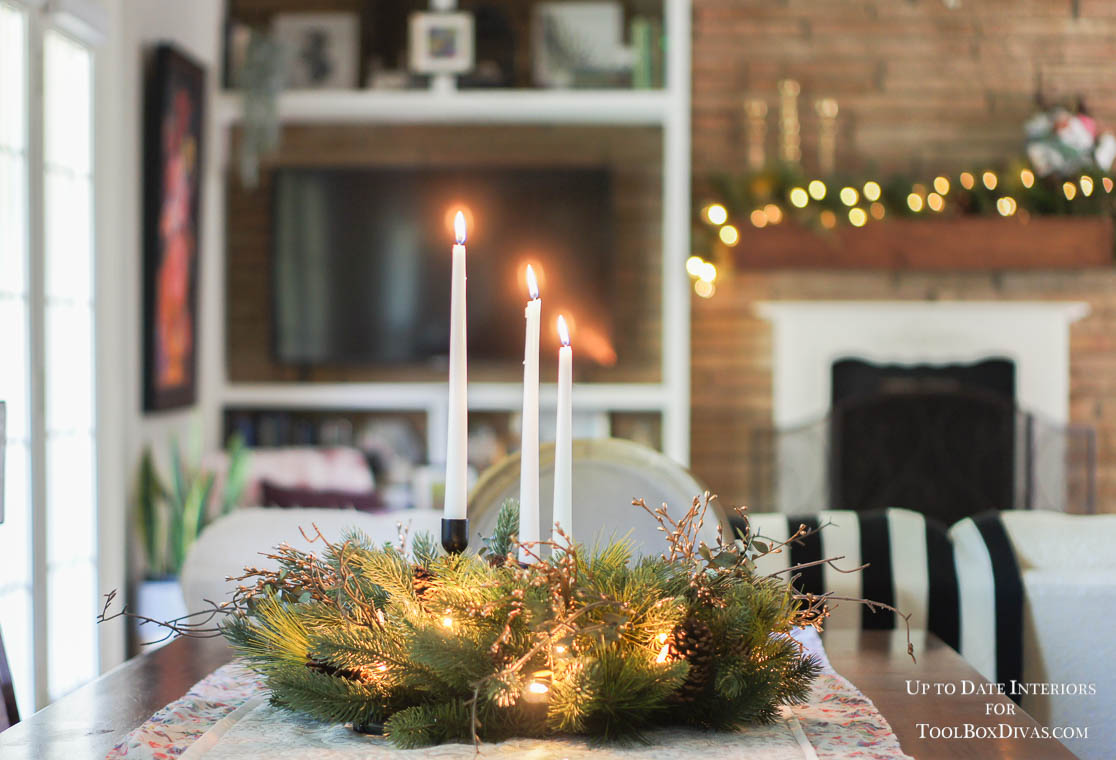 holiday table with wreath as a centerpiece