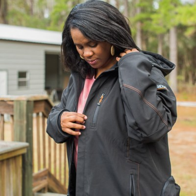 Review of Ridgid 18V Heated Jacket w- removable hood @toolboxdivas (5 of 19)