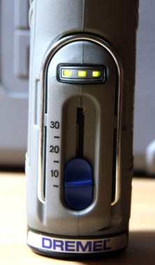 Dremel 8200 Cordless Rotary Tool Battery Gauge