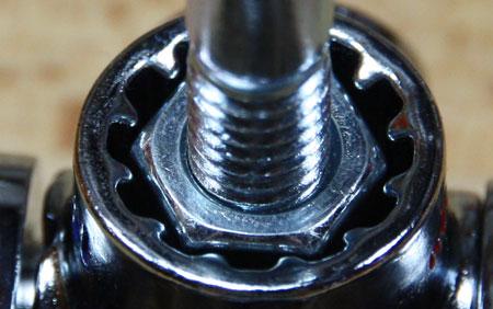 Kobalt Multi Drive Wrench SAE Socket Bolt Test Straight Fit Closeup