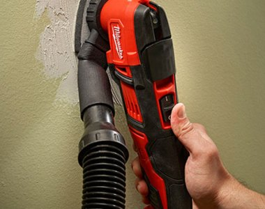 Milwaukee M18 Oscillating Multi-Tool with Dust Extraction Adapter