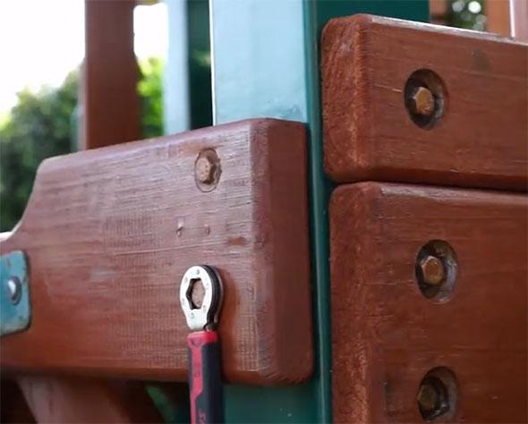 Skil Secure Grip Swing Set Assembly