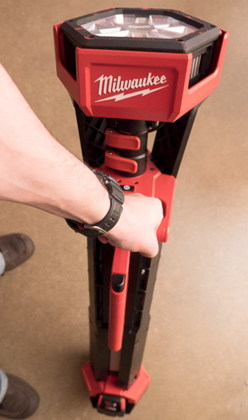 Milwaukee M18 LED Tripod Worklight Closed Front View