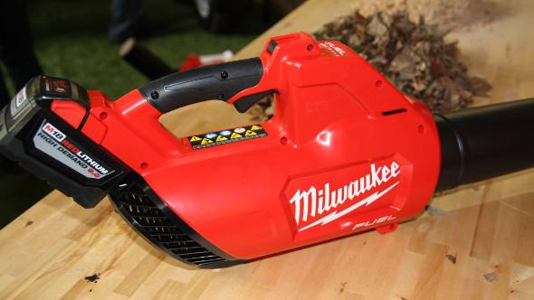 Milwaukee M18 Fuel Blower Closeup
