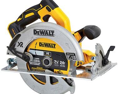 Dewalt 20V Max Brushless Circular Saw DCS570B