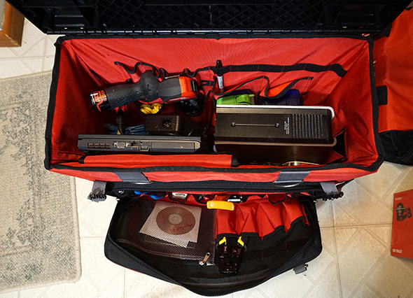 Networking tools in the 24 inch hardtop rolling bag