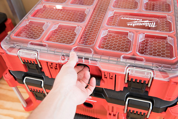 Milwaukee Packout Tool Storage Finger Pull