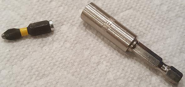 Dewalt Impact-Rated Screwdriver Bit Holder Magnet Popped Out