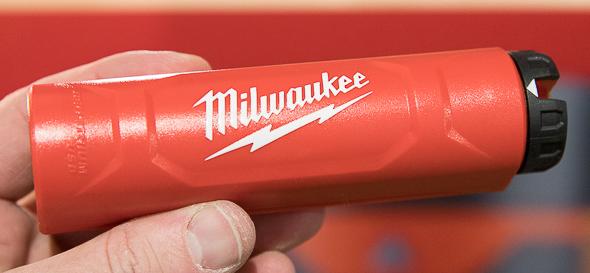 Milwaukee USB Rechargeable LED Flashlight RedLithium USB Charger