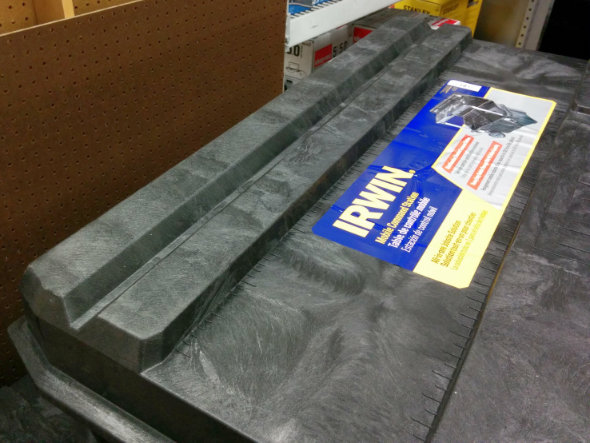 IRWIN Mobile Command Center Wheeled Tool Box Closeup of Top