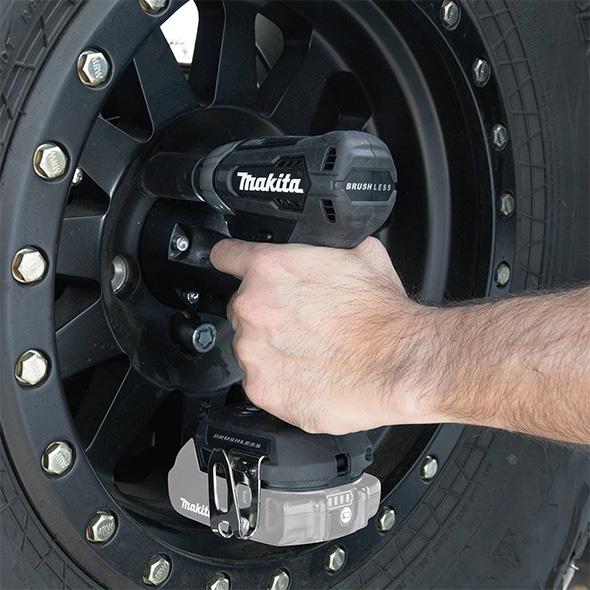 Makita 18V Sub-Compact Impact Wrench Used on Lug Nuts