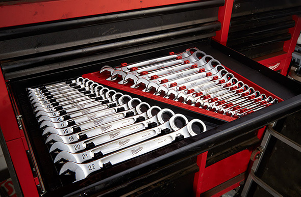 Milwaukee Ratcheting Wrench Sets in Tool Box