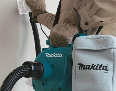 Makita XCV02Z Dust Extractor Blower with Sander