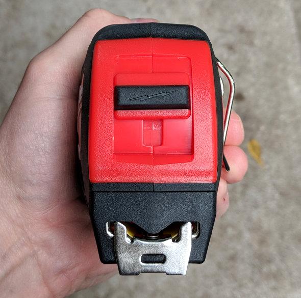 Milwaukee Stud 25ft Tape Measure girth