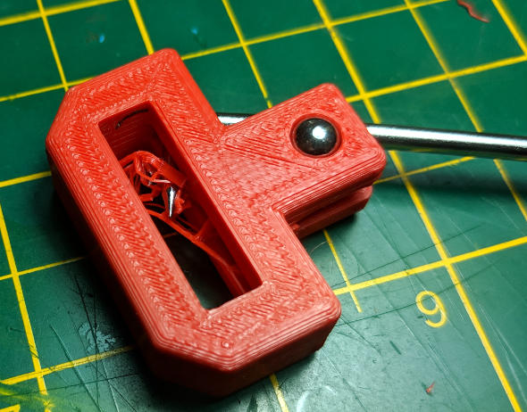 Right angle pick for removing internal support material