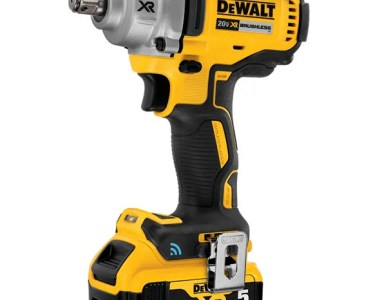 Dewalt Mid-Torque Impact Wrench with Tool Connect