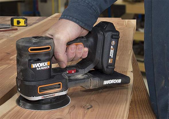 Worx 20V Multi-Sander WX820L Sanding Wood Workpiece