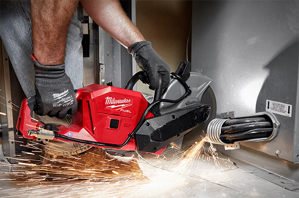 Milwaukee M18 Fuel Cut-off Saw 2786 Cutting Metal