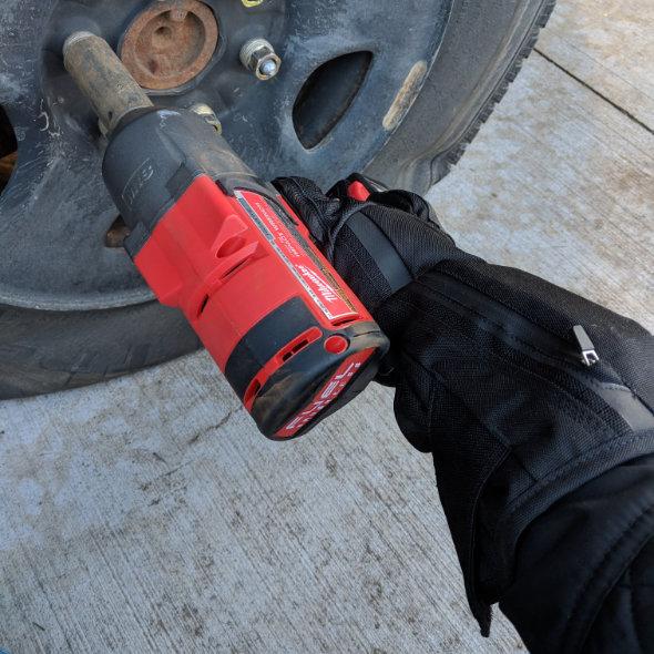 Milwaukee Heated Gloves Fixing a Flat