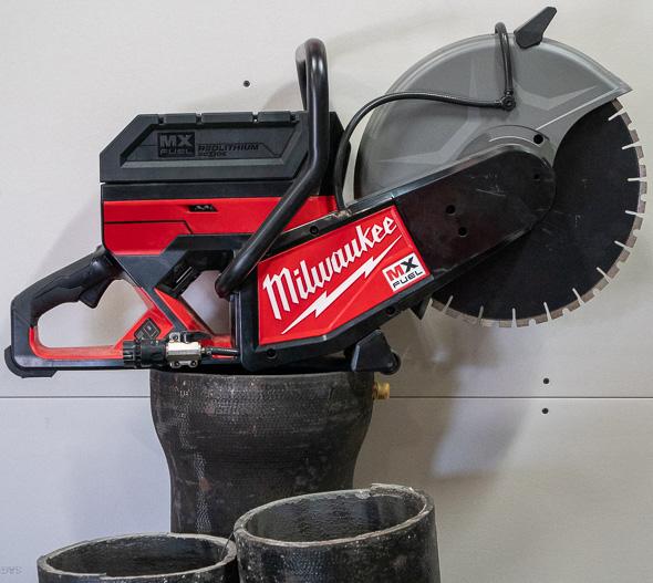 Milwaukee MX Fuel Cordless Cut-Off Saw