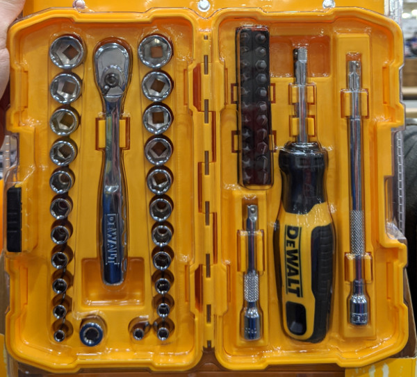 Dewalt 50Pc Mechanics Tool Set DWMT81610